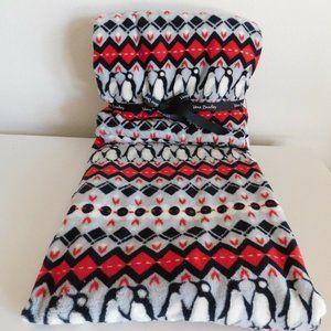 "new Vera Bradley Fleece Throw Blanket 80"" x 50"""